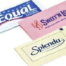 three packets of zero calorie sweeteners